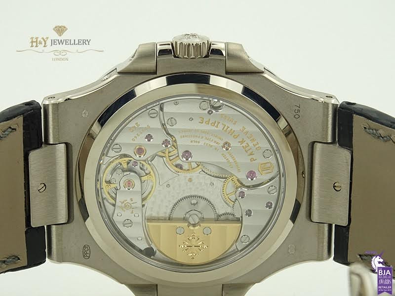 Patek Philippe 5167 Aquanaut Review - CRM Jewelers