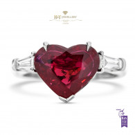 White Gold Heart Ruby Ring - 4.45 ct