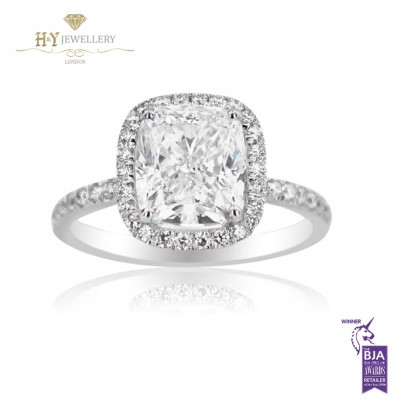 White Gold Cushion Cut Ring set with Side Diamonds - 3.51 ct