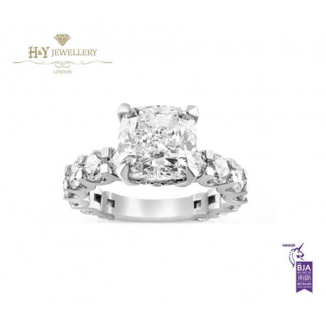 White Gold Cushion Cut Diamond Ring with Side Stones - 5.83 ct