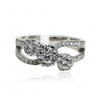 White Gold Infinity Ring With Brilliant Cut Diamonds