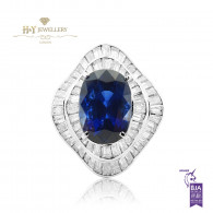 White Gold Oval Cut Vivid Blue Royal Sapphire Ring