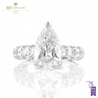 White Gold Pear Cut Diamond Ring - 9.55 ct