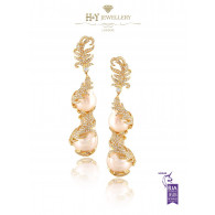 Yellow Gold Baroque Pearl Earrings set with Diamonds - 104.83 ct