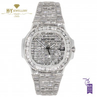 Patek Philippe Nautilus White Gold DESIGN Set with Diamonds - ref 5711