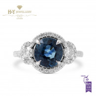 White Gold Oval Blue Sapphire Ring with White Diamonds - 3.88 ct
