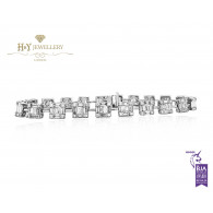 White Gold Radiant and Baguette Shape Diamond Bracelet - 4.40 ct