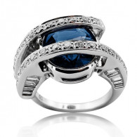 White Gold Ring With Oval Cut Sapphire And Brilliant/Baguette Cut Diamonds