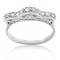 White Gold Engagment Ring With Brilliant Cut Diamonds