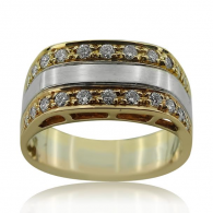 Yellow Gold Signet Ring With Diamonds