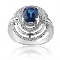 White Gold Oval Ring With Oval Cut Sapphire And Brilliant Cut Diamonds